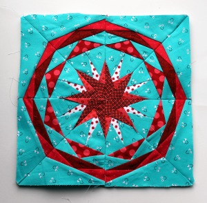 Paper piecing star pattern red aqua free