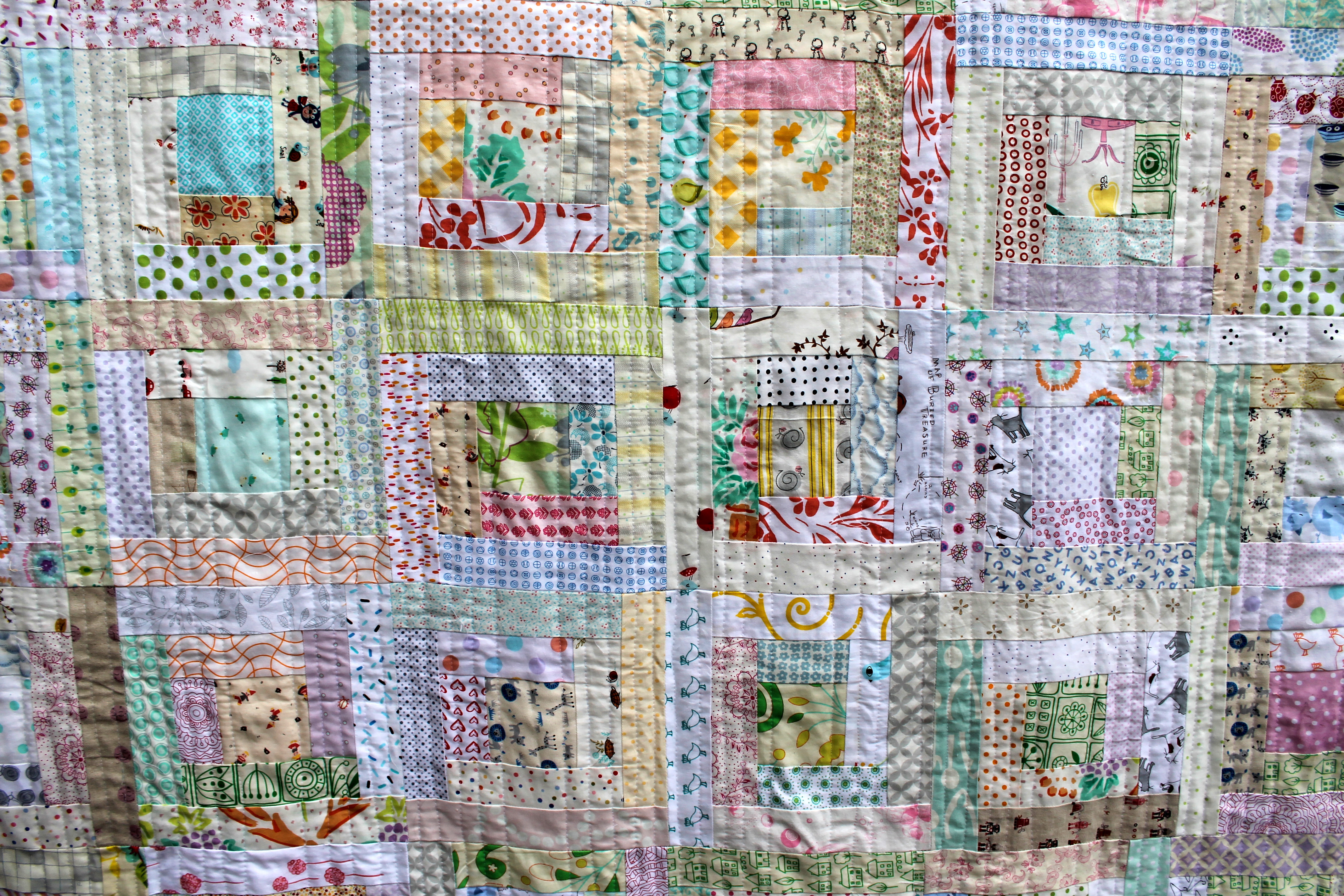 Low volume Log cabin finished | WOMBAT QUILTS : quilting a log cabin quilt - Adamdwight.com