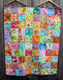 bright simple fussy cut flower quilt