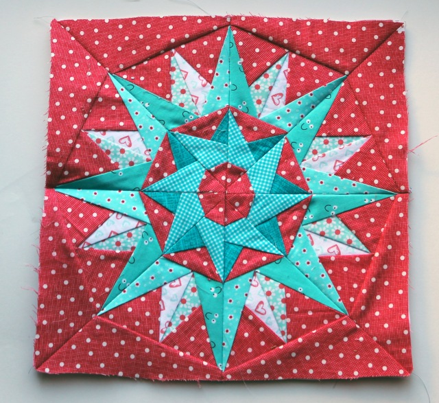 papaer pieced star 8