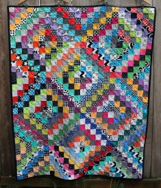 scrappy trip around quilt