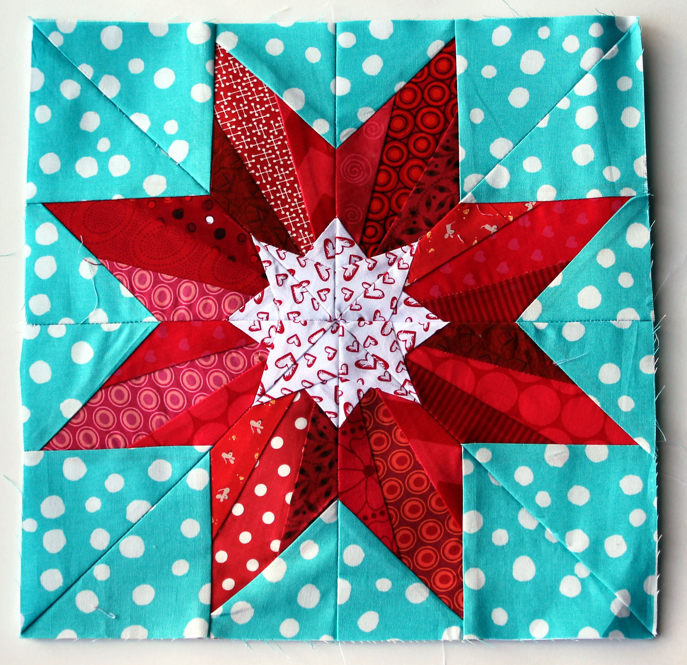 paper pieced quilt blocks To download my free paper piecing pattern go to: paper piecing made simple | quilting tutorial with angela paper-pieced laced star quilt block.