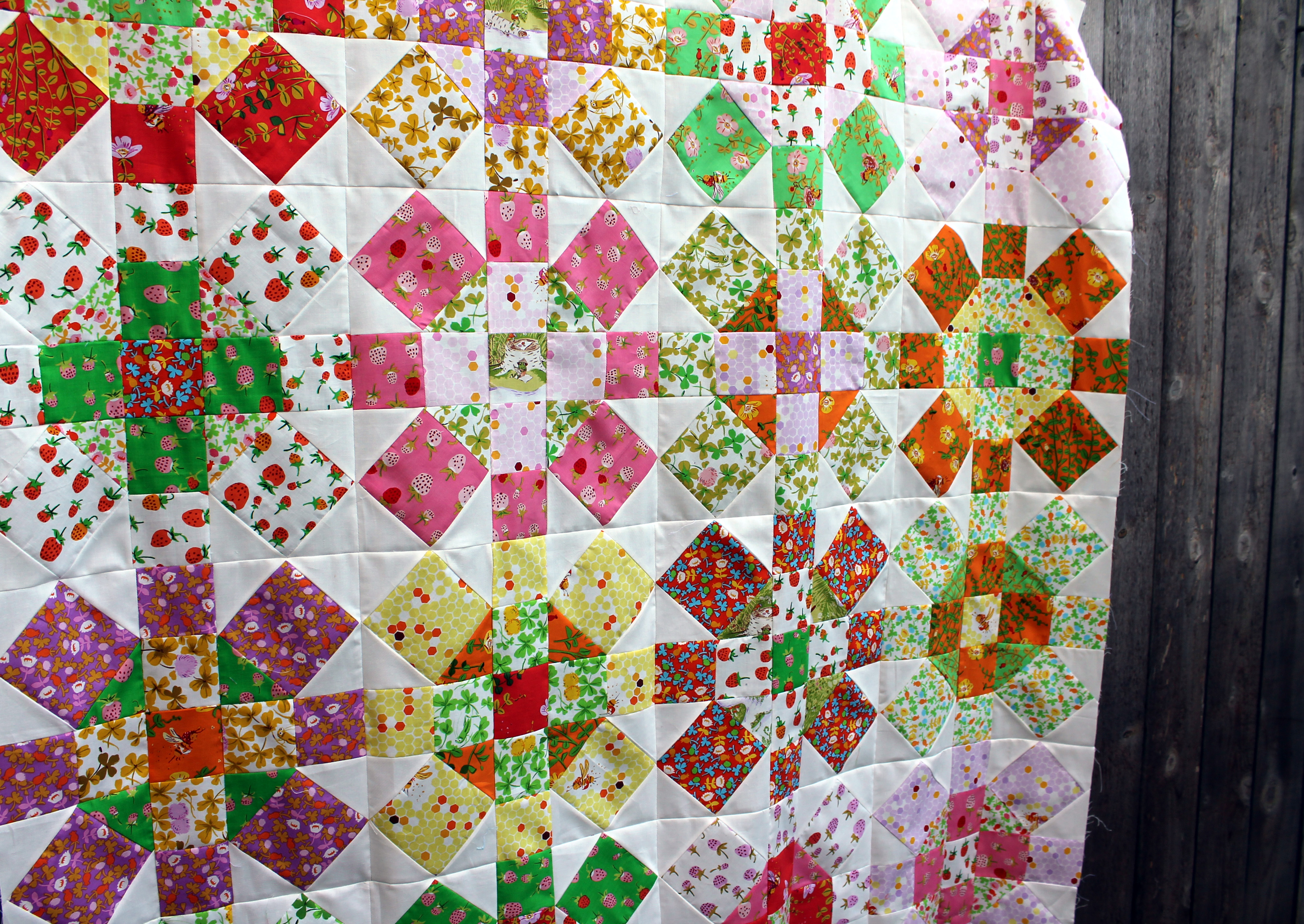 Briar Rose Quilt Top finished | WOMBAT QUILTS : rose quilt fabric - Adamdwight.com