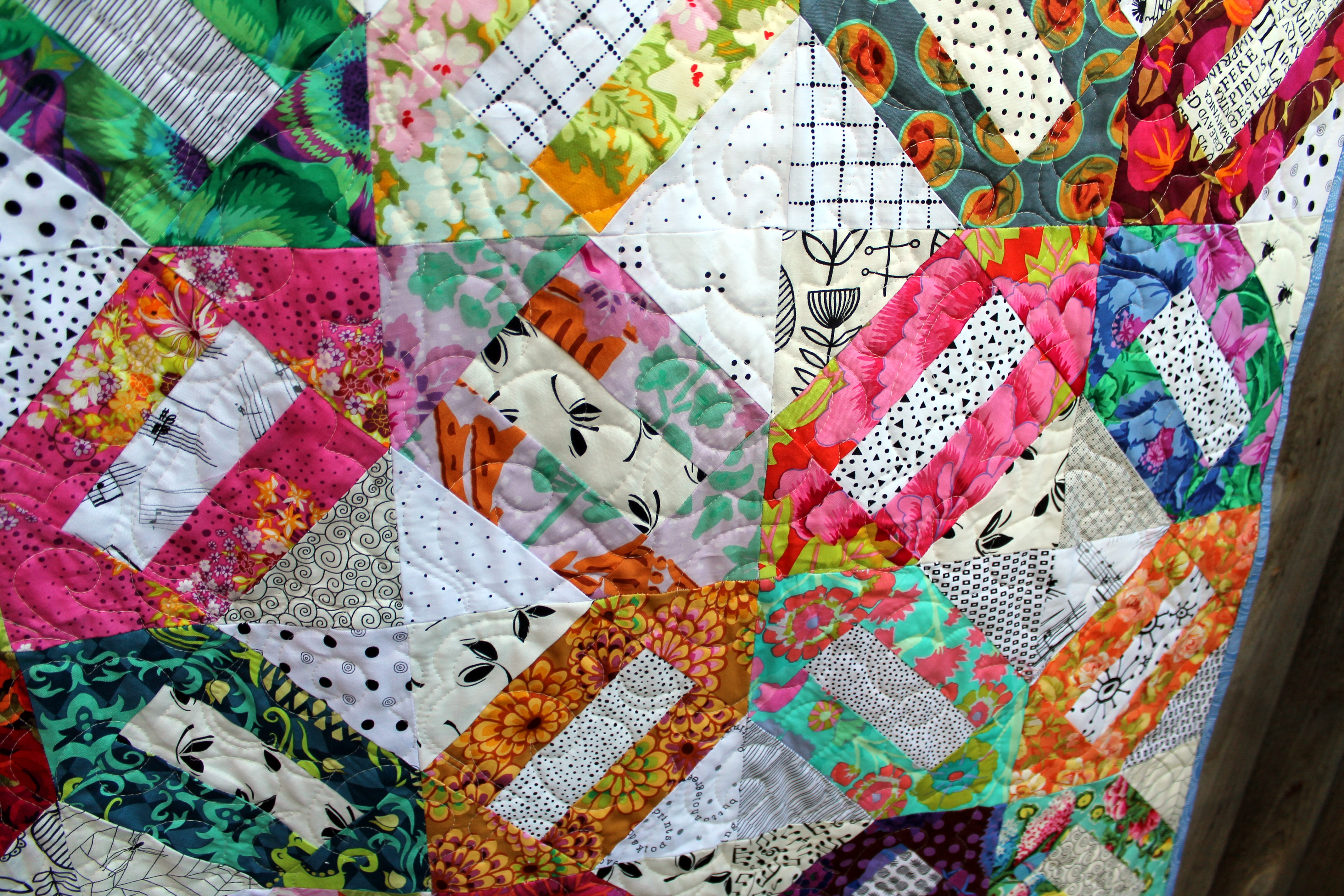 Floral quilt wombat quilts for Quilting material