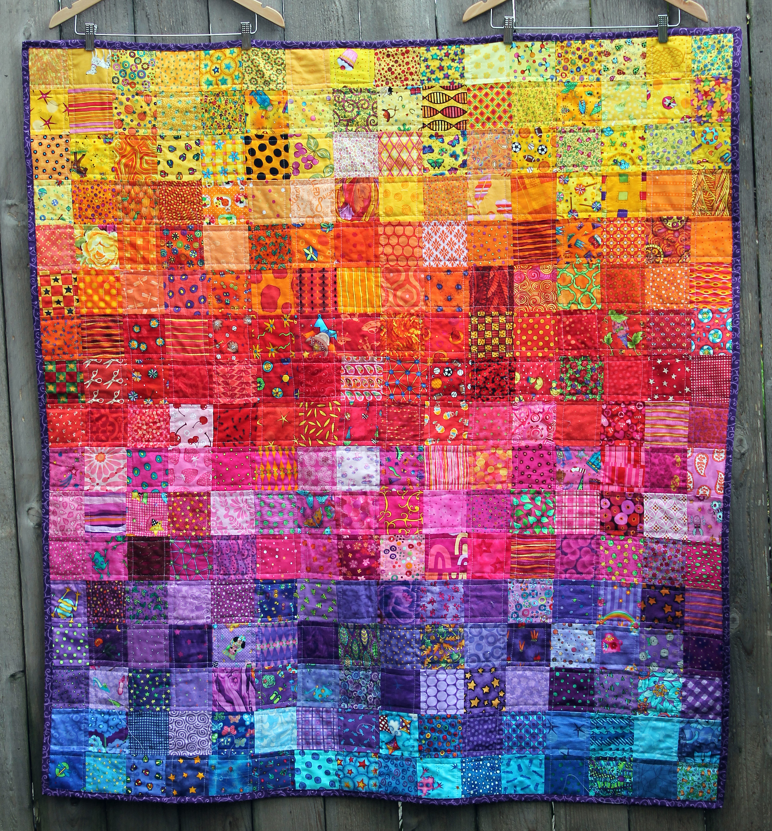 rainbow i spy quilt done and dusted wombat quilts