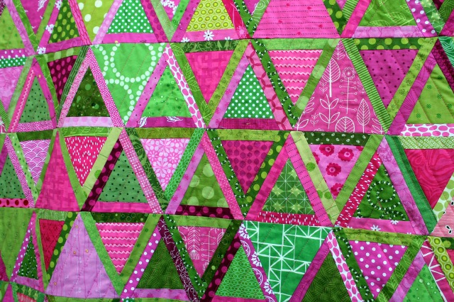 finished triangle quilt detail