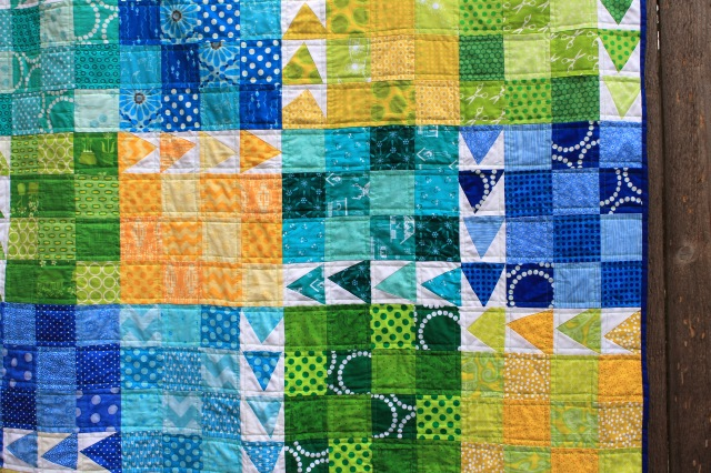 finished urban chicken quilt detail 3