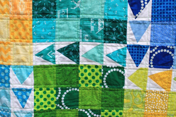 finished urban chicken quilt detail