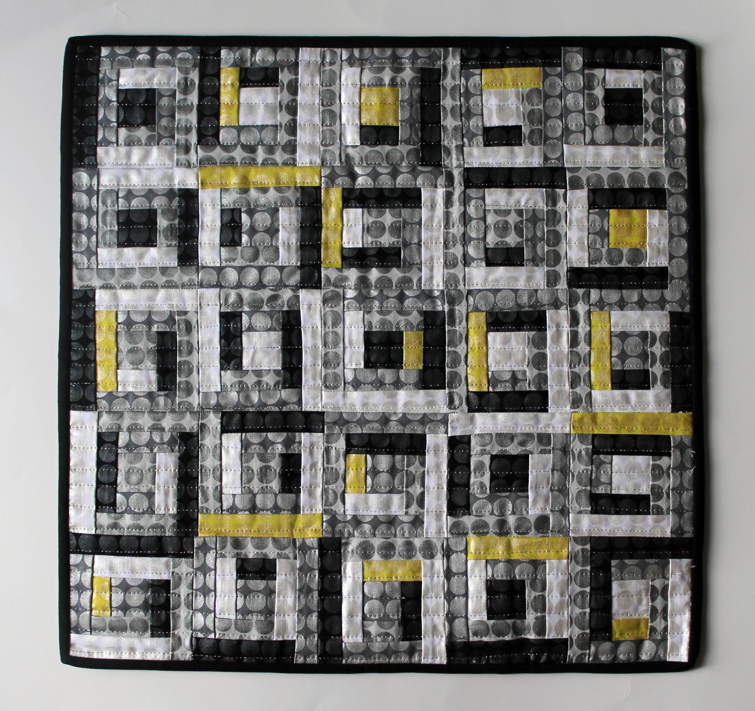 miniture log cabin quilt pattern