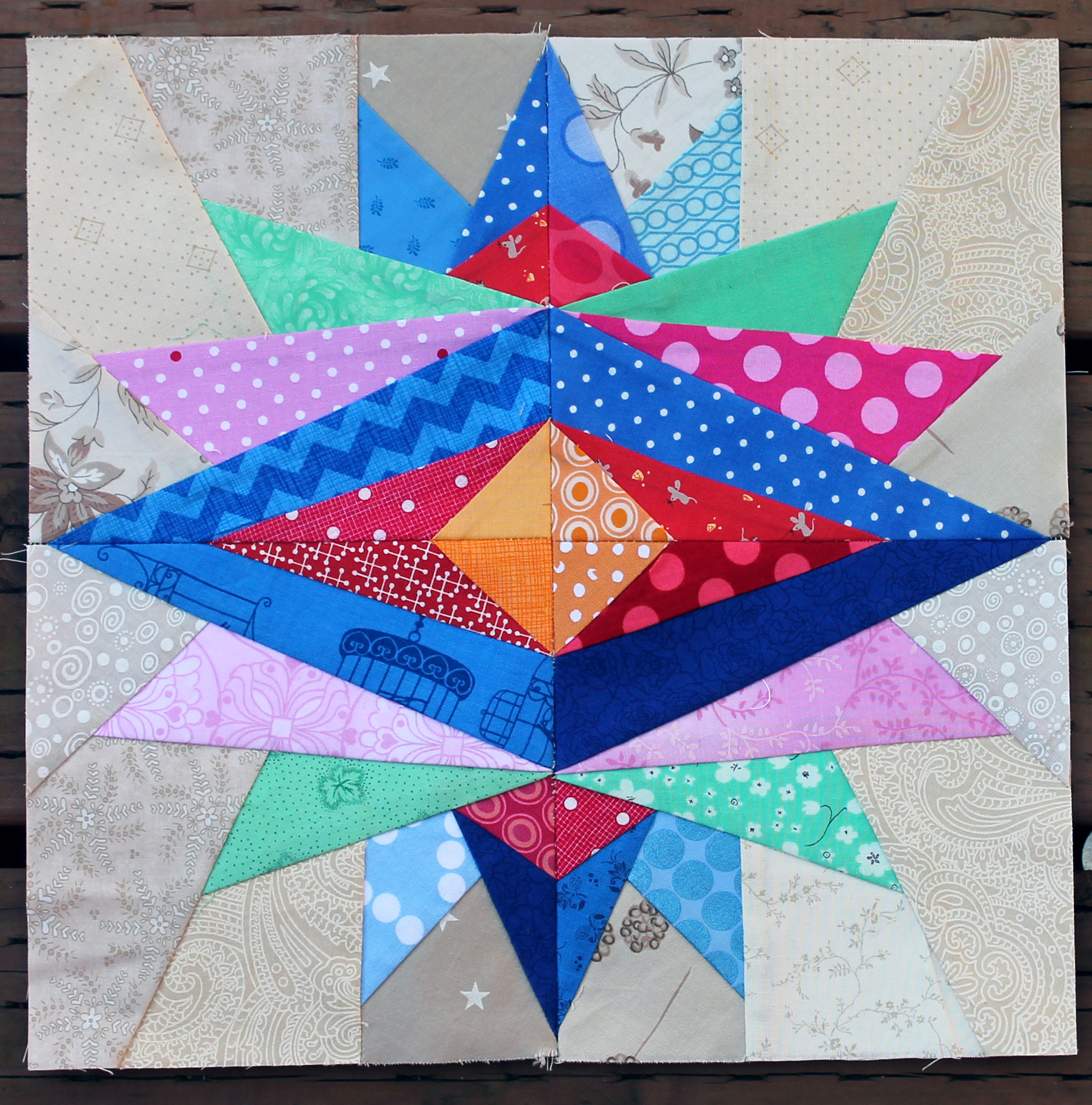 Paper Piece Quilting Instructions: Paper Piecing Monday #opgivewarmth