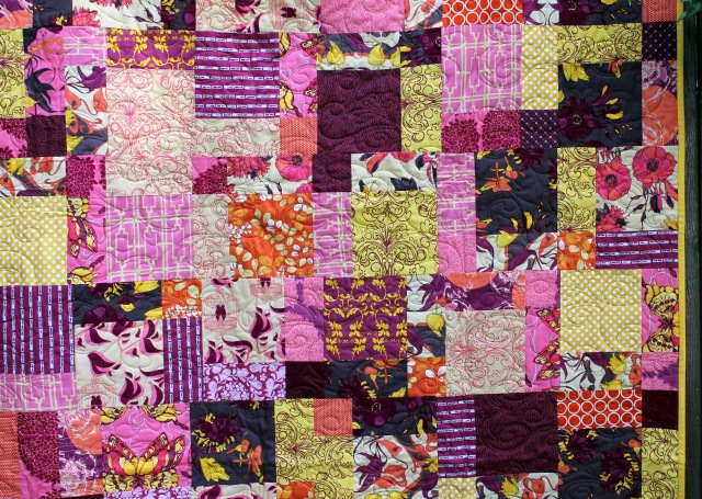 sew day quilt detail 2