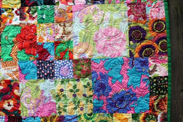 flower garden quilt detail 2