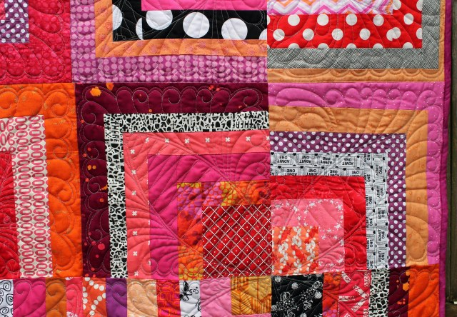 half log cabin quilt detail 2
