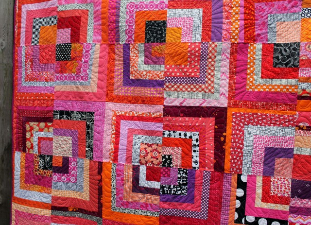 half log cabin quilt detail 3