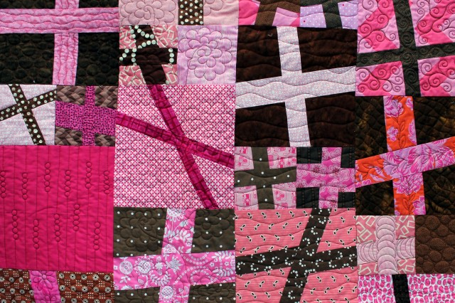pink cross quilt detail 3