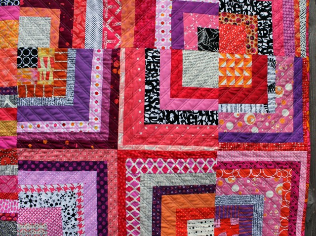 small half log cabin quilt detail