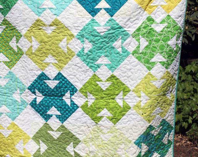 green quilt detail 3
